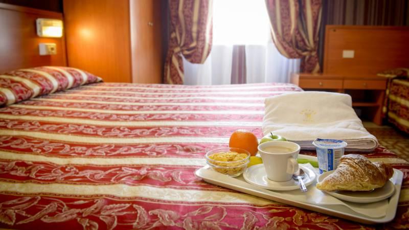 Hotel-Emmaus-Rome-7