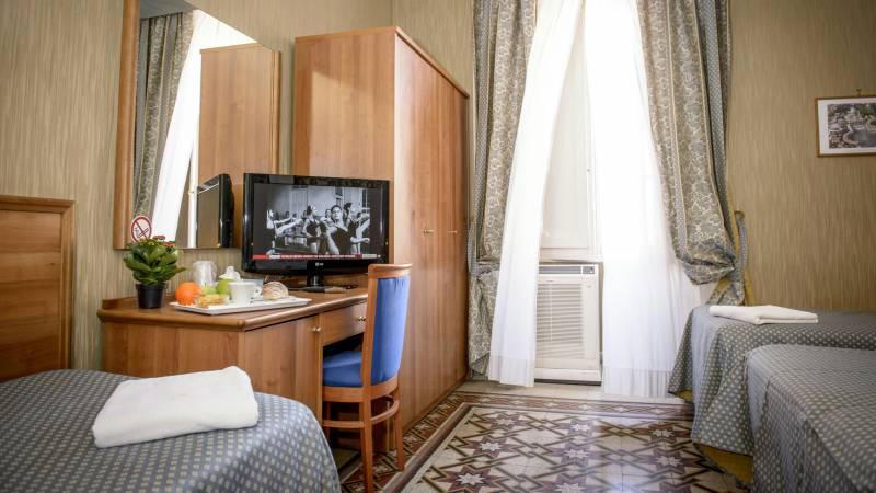 Hotel-Emmaus-Rome-9